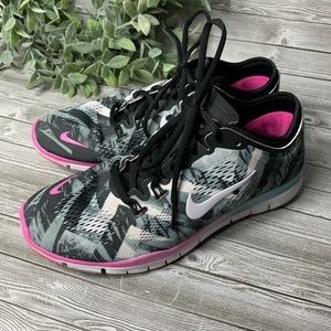 Women's Nike Frees 5.0 size 8.5